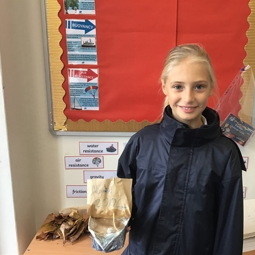 Year 5 create boats and dens