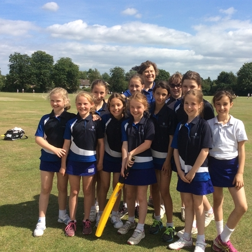 Junior School girls get to grips with cricket