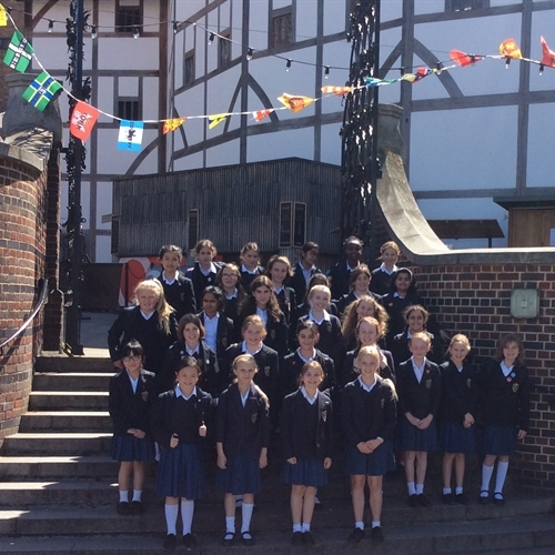 Year 6 visit the Globe Theatre