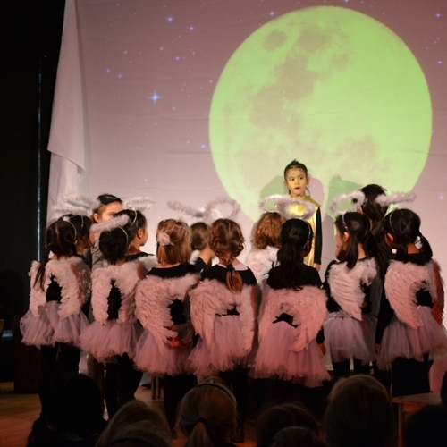 Pre-Prep dazzles audience with poignant Nativity play